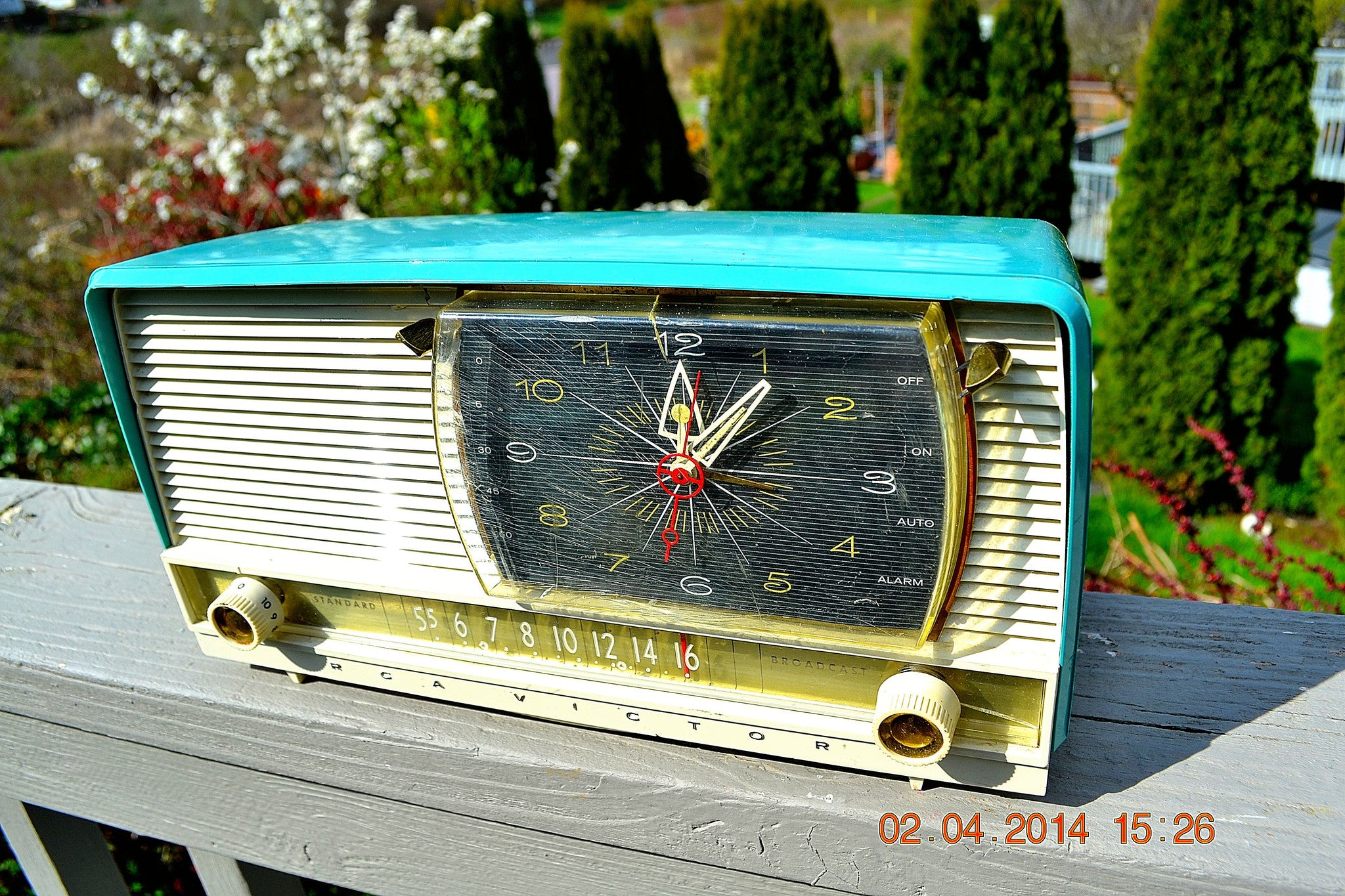 SOLD! - July 15, 2014 - BEAUTIFUL AQUA Retro Jetsons 1956 RCA Victor 9-C-71 Tube AM Clock Radio WORKS! - [product_type} - Vintage Radio - Retro Radio Farm