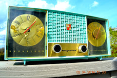 SOLD! - June 28, 2014 - STUNNING AQUA BLUE Retro Jetsons 1957 Magnavox C5 Tube AM Clock Radio WORKS! , Vintage Radio - Magnavox, Retro Radio Farm  - 4