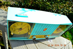 SOLD! - June 28, 2014 - STUNNING AQUA BLUE Retro Jetsons 1957 Magnavox C5 Tube AM Clock Radio WORKS! , Vintage Radio - Magnavox, Retro Radio Farm  - 10
