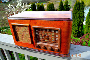 SOLD! - June 10, 2014 - BEAUTIFUL Wood Art Deco Retro 1947 Sonora Ret-210 AM Tube Radio Works! , Vintage Radio - Sonora, Retro Radio Farm  - 2