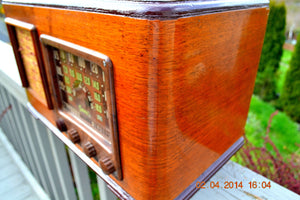 SOLD! - June 10, 2014 - BEAUTIFUL Wood Art Deco Retro 1947 Sonora Ret-210 AM Tube Radio Works! , Vintage Radio - Sonora, Retro Radio Farm  - 9