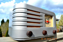 Load image into Gallery viewer, SOLD! - June 10, 2014 - BEAUTIFUL Rare Art Deco Retro 1941 Stromberg Carlson 500H AM Tube Radio Works! Wow! , Vintage Radio - Stromberg Carlson, Retro Radio Farm  - 6