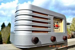 SOLD! - June 10, 2014 - BEAUTIFUL Rare Art Deco Retro 1941 Stromberg Carlson 500H AM Tube Radio Works! Wow! , Vintage Radio - Stromberg Carlson, Retro Radio Farm  - 6