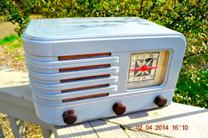 SOLD! - June 10, 2014 - BEAUTIFUL Rare Art Deco Retro 1941 Stromberg Carlson 500H AM Tube Radio Works! Wow! , Vintage Radio - Stromberg Carlson, Retro Radio Farm  - 2