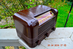 SOLD! - May 25 2014 - BEAUTIFUL PRISTINE Rare Art Deco Retro 1940 RCA Victor 15X AM Tube Radio Works! Wow! , Vintage Radio - RCA Victor, Retro Radio Farm  - 12
