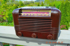 SOLD! - May 25 2014 - BEAUTIFUL PRISTINE Rare Art Deco Retro 1940 RCA Victor 15X AM Tube Radio Works! Wow! , Vintage Radio - RCA Victor, Retro Radio Farm  - 2