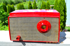 SOLD! - August 22, 2014 - CANDY APPLE RED Retro Vintage 1956 Westinghouse H-500T5A Tube AM Radio WORKS! , Vintage Radio - Westinghouse, Retro Radio Farm  - 9