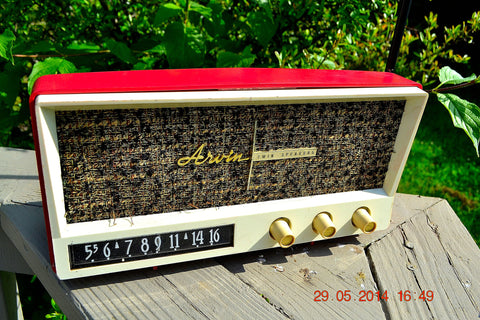 SOLD! - May 29, 2014 - BEAUTIFUL CORAL PINK Retro Vintage 1959 Arvin 2585 Tube AM Radio WORKS!
