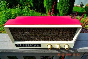 SOLD! - May 29, 2014 - BEAUTIFUL CORAL PINK Retro Vintage 1959 Arvin 2585 Tube AM Radio WORKS! , Vintage Radio - Arvin, Retro Radio Farm  - 6