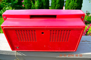 SOLD! - May 29, 2014 - BEAUTIFUL CORAL PINK Retro Vintage 1959 Arvin 2585 Tube AM Radio WORKS! , Vintage Radio - Arvin, Retro Radio Farm  - 5