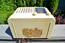Load image into Gallery viewer, SOLD! - Oct 17, 2014 - BEAUTIFUL Art Deco 1940 Westinghouse WR-176 Plaskon AM Tube Radio Works! , Vintage Radio - Westinghouse, Retro Radio Farm  - 12