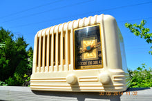 Load image into Gallery viewer, SOLD! - Oct 17, 2014 - BEAUTIFUL Art Deco 1940 Westinghouse WR-176 Plaskon AM Tube Radio Works! , Vintage Radio - Westinghouse, Retro Radio Farm  - 5