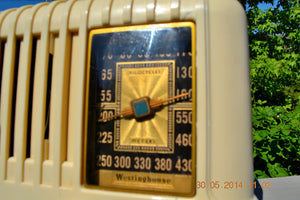 SOLD! - Oct 17, 2014 - BEAUTIFUL Art Deco 1940 Westinghouse WR-176 Plaskon AM Tube Radio Works! , Vintage Radio - Westinghouse, Retro Radio Farm  - 8
