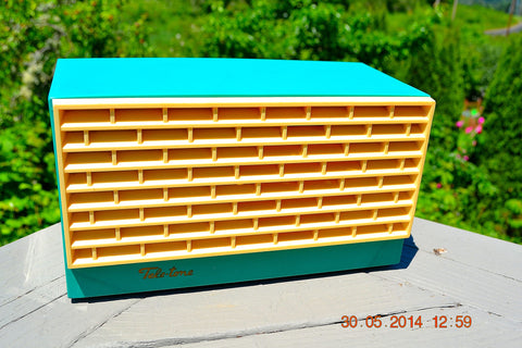 SOLD! - Dec 24, 2014 - AWESOME SEAFOAM GREEN Retro Vintage 1950's or 60's Teletone Unknown Model AM Tube Radio WORKS!
