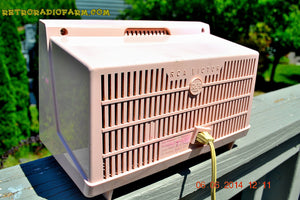 SOLD! - June 12, 2014 - PINK AND WHITE Atomic Age Vintage 1959 RCA Victor Model X-2EF Tube AM Radio WORKS! , Vintage Radio - RCA Victor, Retro Radio Farm  - 9