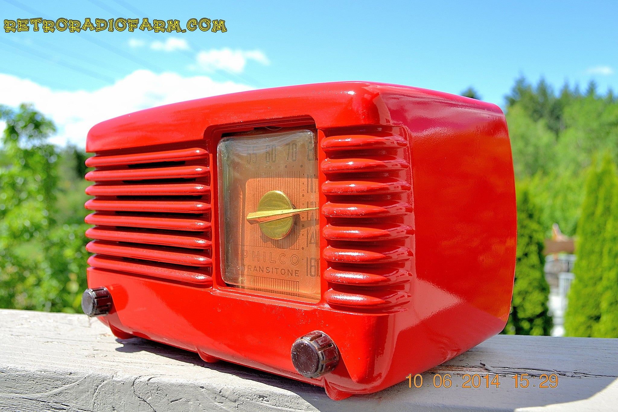SOLD! - June 16, 2014 - LIPSTICK RED Vintage Deco Retro 1949 Philco Transitone 49-500 AM Bakelite Tube Radio Works! Wow! - [product_type} - Admiral - Retro Radio Farm