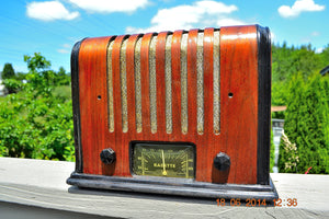 SOLD! - Sept 17, 2015 - BEAUTIFUL Wood Art Deco Retro 1930's or 40's Kadette Model 76 AM Tube Radio Totally Restored! Wow! - [product_type} - Admiral - Retro Radio Farm