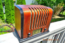 Load image into Gallery viewer, SOLD! - Sept 17, 2015 - BEAUTIFUL Wood Art Deco Retro 1930's or 40's Kadette Model 76 AM Tube Radio Totally Restored! Wow! , Vintage Radio - Admiral, Retro Radio Farm  - 3