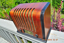 Load image into Gallery viewer, SOLD! - Sept 17, 2015 - BEAUTIFUL Wood Art Deco Retro 1930's or 40's Kadette Model 76 AM Tube Radio Totally Restored! Wow! , Vintage Radio - Admiral, Retro Radio Farm  - 6