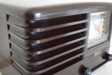 Load image into Gallery viewer, Espresso Brown Bakelite 1940 Emerson Model 330 AM Tube Radio Sounds Marvelous!