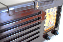 Load image into Gallery viewer, Umber Brown Bakelite 1940 Emerson Model 333 AM Vacuum Tube Radio Sounds Marvelous!