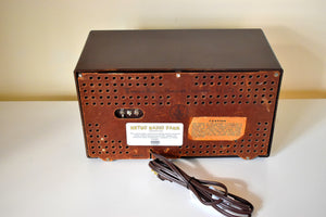 Mocha Brown Bakelite 1949 AM/FM Emerson Model 659 Brown Swirly Marbled Vacuum Tube Radio Works Great! Solid Built!