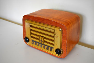 Curved Wood 1946 Emerson Model 578A AM Vacuum Tube Radio Beautiful Little Woody!