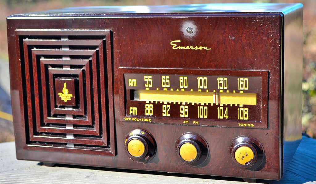 SOLD! - Aug 17, 2015 - 1949 AM/FM Emerson Model 659 Brown Swirly Marbled Bakelite Tube Radio ,  - Retro Radio Farm, Retro Radio Farm