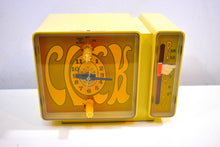 Load image into Gallery viewer, GROOVY Retro Solid State 1970's General Electric C3300A AM Clock Radio Alarm It's Dynamite!!