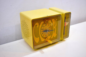 GROOVY Retro Solid State 1970's General Electric C3300A AM Clock Radio Alarm It's Dynamite!!
