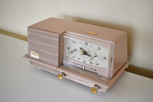 Dusty Pink 1958 General Electric Model C421A Vacuum Tube AM Clock Radio Excellent Condition Sounds Wonderful!