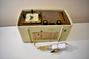 Bluetooth Ready To Go - Chateau Ivory 1953 Arvin 758T AM Vacuum Tube Radio Rare Model Excellent Condition and Sounds Great!