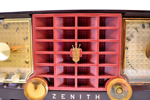 Auburn Brown and Maroon Mid Century 1955 Zenith Model R623R AM Tube Radio Sleek and Sweet Sounds Great!
