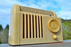 SOLD! - Feb 16, 2016 - BEAUTIFUL Retro Vintage 1959 Mitchell Model TSB47  Tube AM Radio Bed Lamp Totally Restored! , Vintage Radio - Mitchell, Retro Radio Farm  - 2