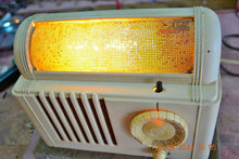 Load image into Gallery viewer, SOLD! - Feb 16, 2016 - BEAUTIFUL Retro Vintage 1959 Mitchell Model TSB47  Tube AM Radio Bed Lamp Totally Restored! - [product_type} - Mitchell - Retro Radio Farm