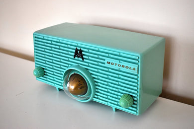 Aquamarine Turquoise Mid Century Retro Jetsons 1957 Motorola Model 56H Turbine Vacuum Tube AM Radio Works Amazing!