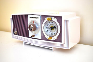 Purple and White Mid-Century 1960 Motorola Model C4S131 Vacuum Tube AM Clock Radio Rare Color Combo!