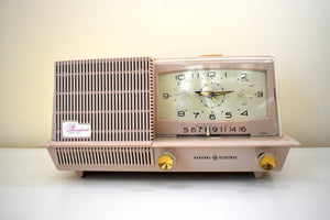Dusty Pink 1958 General Electric Model C421A Vacuum Tube AM Clock Radio Near Mint!