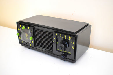 Green Hornet Black 1953 Philco Model 53-701 AM Vacuum Tube Radio Early Tech Age Look! Sounds Great!