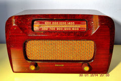 SOLD! - April 11, 2014 - BEAUTIFUL Solid Wood Retro Art Deco Late 40's Philco 46-421 Tube Radio Works! , Vintage Radio - Philco, Retro Radio Farm  - 2