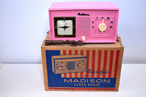 BEHOLD World's Rarest Radio NOS Pink Madison 1948 Model 940 AM Tube Clock Radio Holy Smoke!