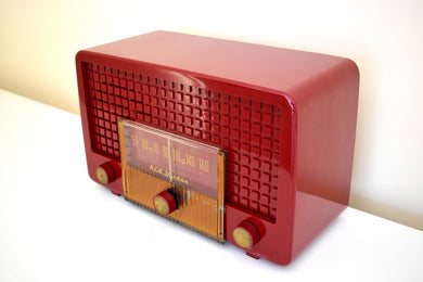 Cranberry Red 1955 RCA Victor Model 5X-564 AM Tube Radio Great Sounding Excellent Condition!