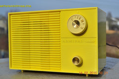 SUNNY BUTTER YELLOW Mid Century Retro Jetsons Vintage 1959 Emerson Model Y2996 Tube Radio Totally Restored! , Vintage Radio - Emerson, Retro Radio Farm  - 4