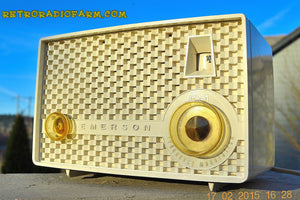 SOLD! - June 15, 2015 - RARE FM ONLY VANILLA WHITE Retro Vintage 1958 Emerson Model 930 Tube Radio WORKS! , Vintage Radio - Emerson, Retro Radio Farm  - 2