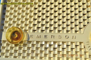 SOLD! - June 15, 2015 - RARE FM ONLY VANILLA WHITE Retro Vintage 1958 Emerson Model 930 Tube Radio WORKS! , Vintage Radio - Emerson, Retro Radio Farm  - 7