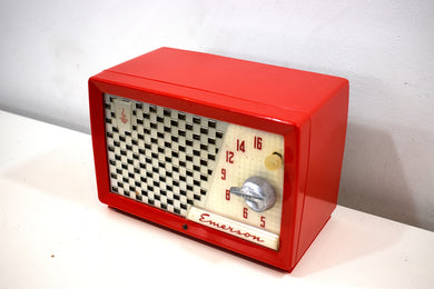 Red Hot Red 1955 Emerson Model 729 Vacuum Tube AM Clock Radio Beauty Sounds Great!