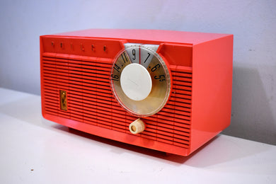 Salmon Pink 1958 Philco E-814-124 AM Tube Radio Near Mint!