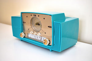 Seafoam Green Mid Century 1959 General Electric Model 913 Vacuum Tube AM Clock Radio Beauty Rare Color Much Sought After!