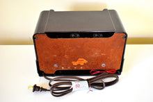 Load image into Gallery viewer, Espresso Brown Bakelite 1948 Trav-Ler Model 5066 AM Vacuum Tube Radio Cute As A Button!