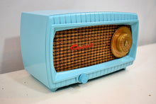 Load image into Gallery viewer, Turquoise and Wicker Vintage 1949 Capehart Model 3T55B AM Vacuum Tube Radio Totally Restored!